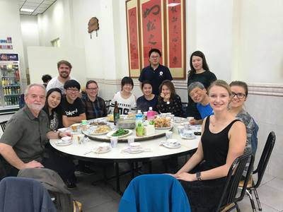 Patrick Liu hosted a welcome lunch with professor from Uvic.